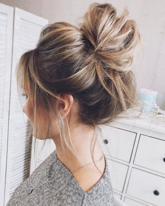 Wedding High Messy Bun Hairstyle | Womens Hairstyles With Messy Bun Wedding Hairstyles For Shorter Hair (View 8 of 25)