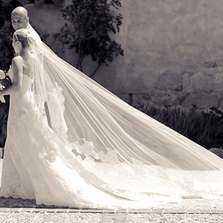 Featured Photo of Wedding Hairstyles With Extra Long Veil With A Train