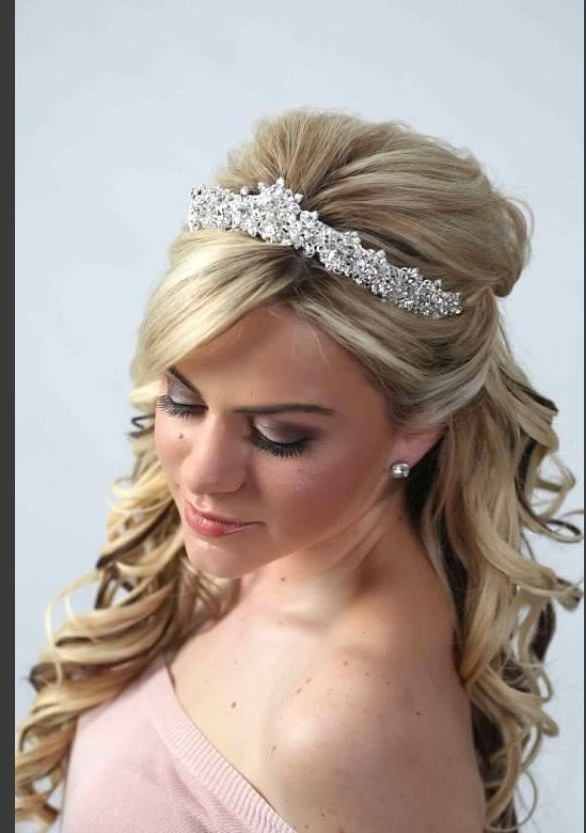 Women Hairstyles Pixie Bangs | Wedding Hairstyle Tips | Pinterest Pertaining To Semi Bouffant Bridal Hairstyles With Long Bangs (View 5 of 25)