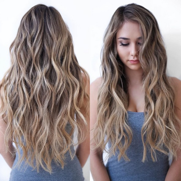 10 Beautiful Balayage Highlight Ideas – Popular Haircuts With Long Hairstyles Naturally Wavy Hair (View 10 of 25)