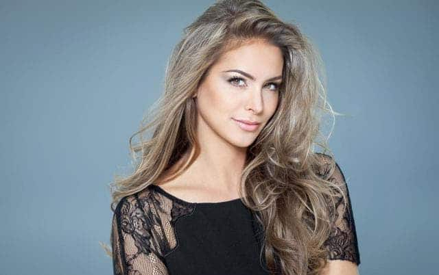 10 Epic Long Blonde Hairstyles That'll Be Trending In 2019 With Regard To Long Hairstyles Blonde (View 23 of 25)
