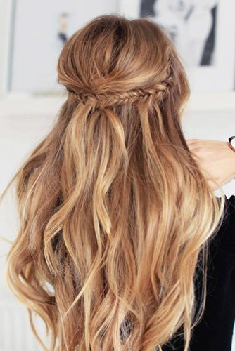 10 Minute Easy Hairstyles For Long Hair For Every Kind Of For Long Hairstyles For Night Out (View 15 of 25)