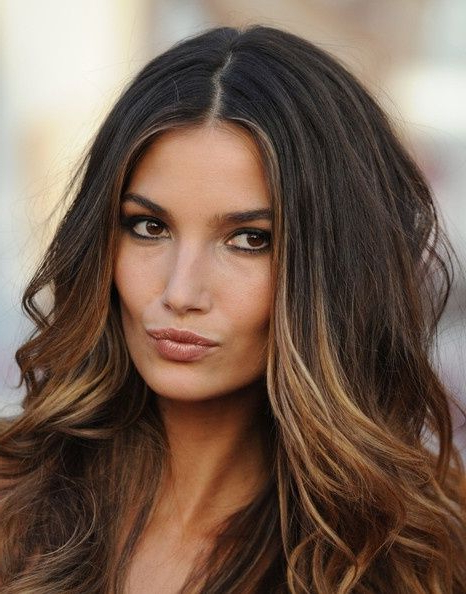 10 Perfectly Highlighted Hairstyles For Brunette Hair – Pretty Designs With Regard To Long Hairstyles For Dark Hair (View 3 of 25)