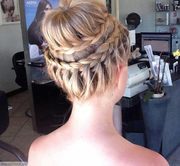 10 Trendy Prom Updo Hairstyles For 2018 | Bestpickr With Regard To Braided Chignon Prom Hairstyles (View 16 of 25)