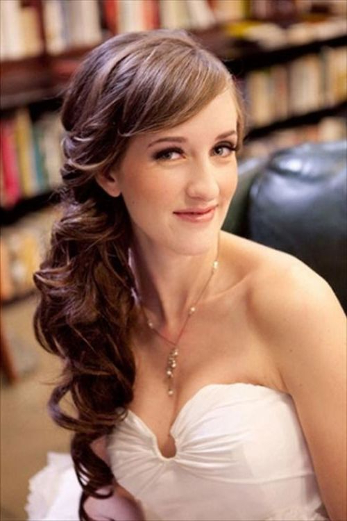 101 Chic Side Swept Hairstyles To Help You Look Younger Pertaining To Long Hairstyles To One Side (View 5 of 25)