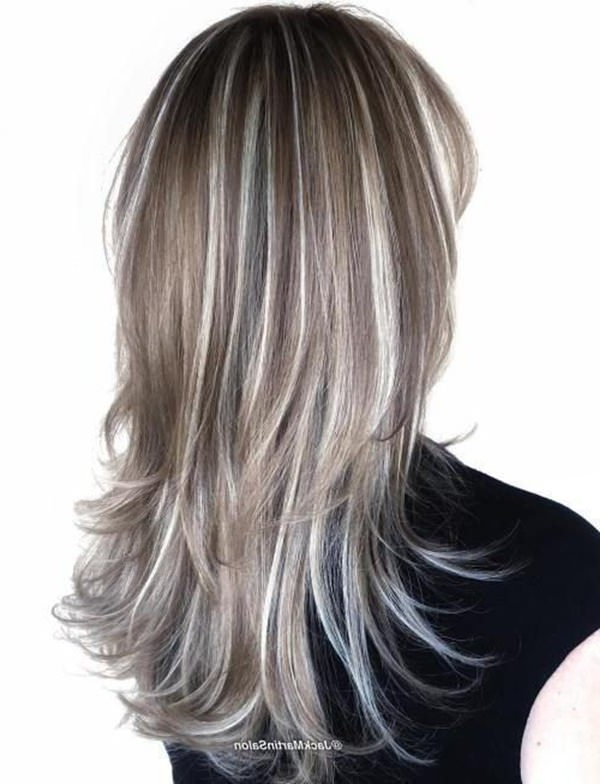 106 Outstanding Silver Hair That Throws An Amazing Sparkle Within Loose Layers Hairstyles With Silver Highlights (View 10 of 25)