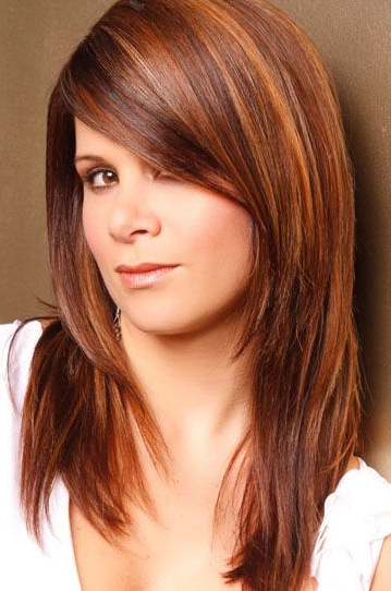 12 Pretty Long Layered Hairstyles With Bangs – Pretty Designs Pertaining To Long Hairstyles With Side Bangs And Layers (View 13 of 25)