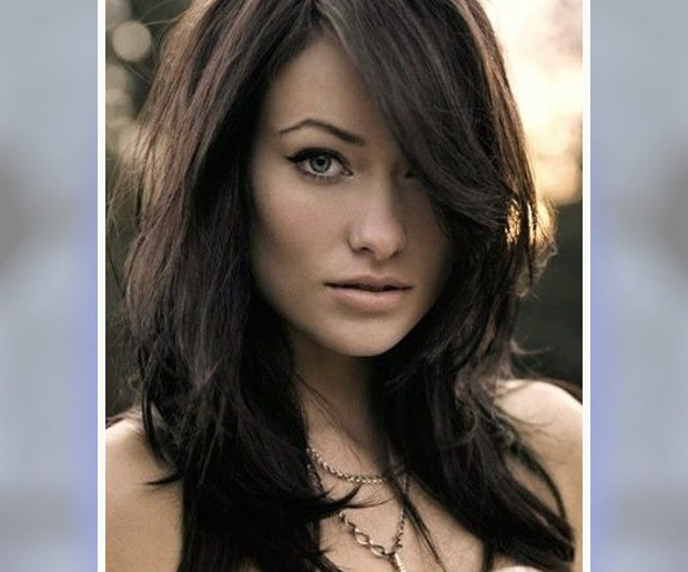 13 Best Hairstyles For Big Foreheads With Long Hairstyles Side Part (View 23 of 25)