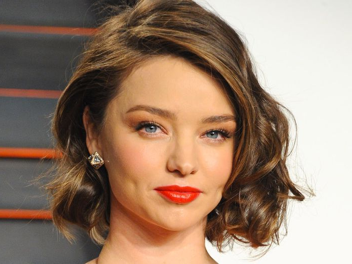 13 Flattering Hairstyles For Round Faces Regarding Long Haircuts For Round Faces (View 24 of 25)