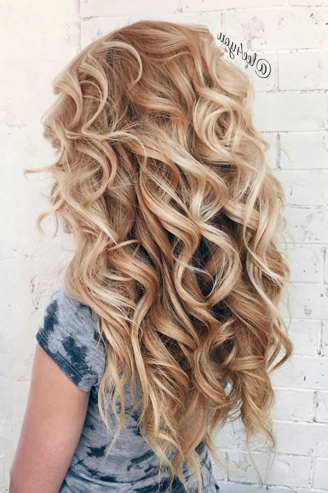 14 Beautiful Hairstyles For Long Hair | Grad Hairstyles | Curly Hair Inside Long Hairstyles For Curly Hair (View 6 of 25)