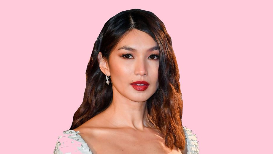 14 Hairstyles For Round Faces That Are Seriously Flattering For Long Haircuts With Bangs For Oval Faces (View 25 of 25)