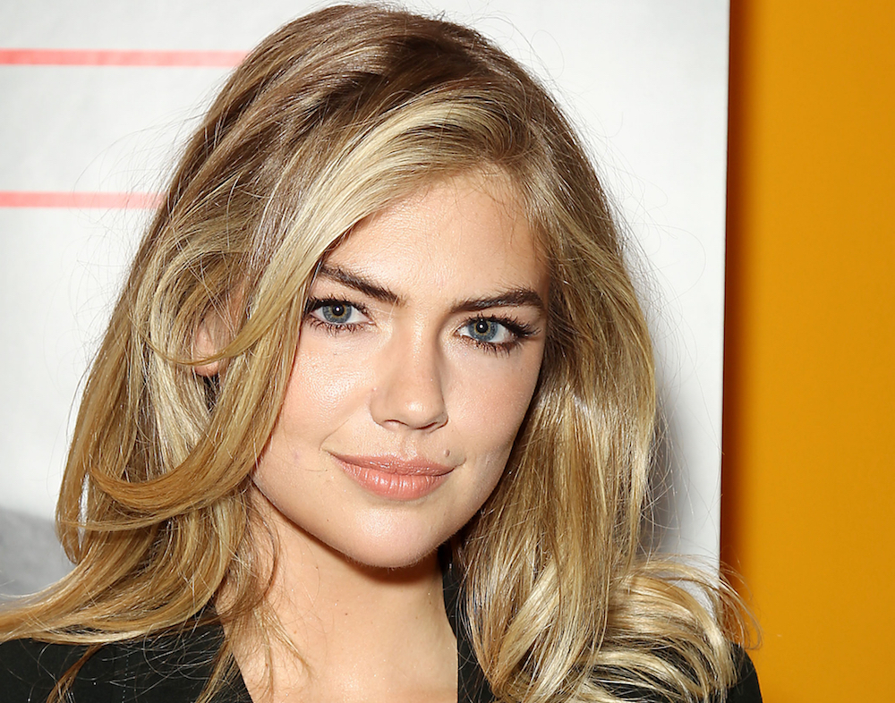 14 Hairstyles For Round Faces That Are Seriously Flattering Intended For Long Hairstyles No Fringe (View 15 of 25)