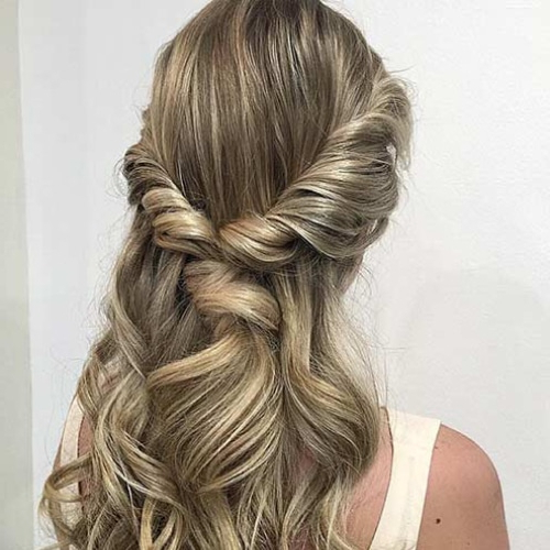 15 Beautiful Hairstyles For Bridesmaids – The Trend Spotter Intended For Long Hairstyles For Bridesmaids (View 14 of 25)