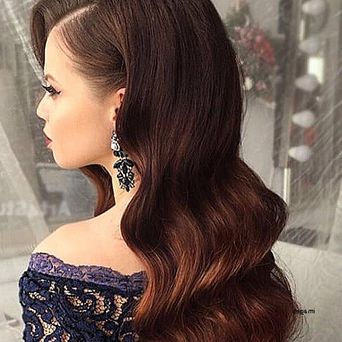 15 Beautiful Hairstyles For Bridesmaids – The Trend Spotter Within Down Long Hairstyles (View 14 of 25)