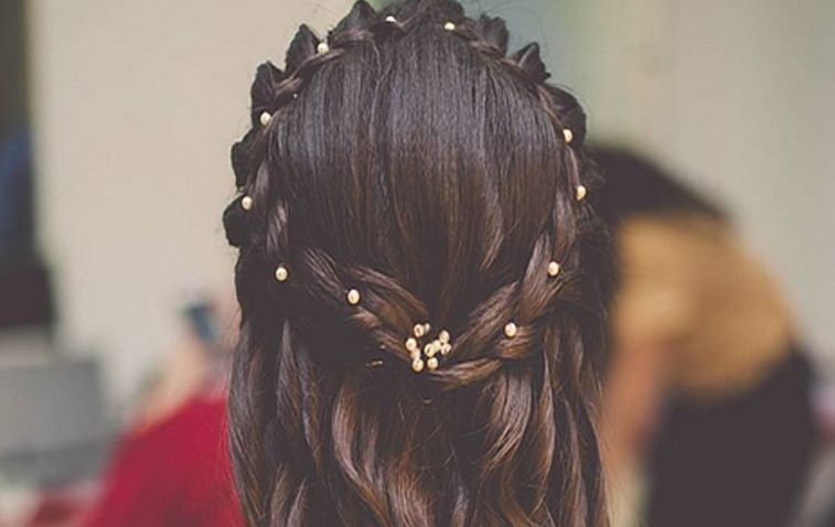 15 Best Indian Wedding Hairstyles For Short, Medium And Long Hair Throughout Long Hairstyles Indian (View 23 of 25)