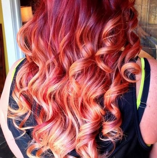 15 Best Long Wavy Hairstyles – Popular Haircuts Inside Long Hairstyles Red Highlights (View 14 of 25)