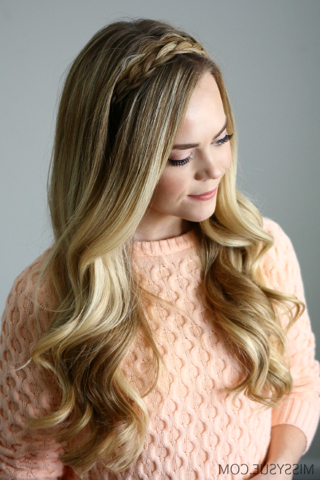 15 Casual & Simple Hairstyles That Are Half Up, Half Down Intended For Long Hairstyles Down Straight (View 24 of 25)