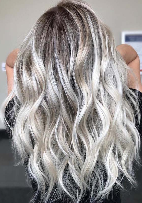 15 Charming Long Blonde Hairstyles & Haircuts For 2018 | Modeshack In Long Hairstyles Blonde (View 19 of 25)