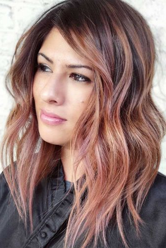 15 Gorgeous Haircuts For Heart Shaped Faces | Lovehairstyles Intended For Long Haircuts For Heart Shaped Faces (View 9 of 25)
