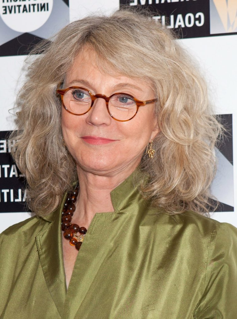 15 Hairstyles For Women Over 50 With Glasses – Haircuts & Hairstyles Pertaining To Long Hairstyles With Glasses (View 23 of 25)