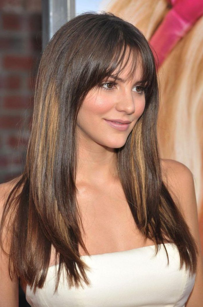 15 Long Hairstyles For Round Faces – Stay Calm And Style Your Hair Within Best Long Hairstyles For Round Faces (View 5 of 25)