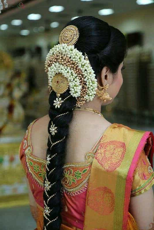 15 Popular South Indian Bridal Hairstyles For Engagement – Tbg Intended For Indian Bridal Long Hairstyles (View 7 of 25)