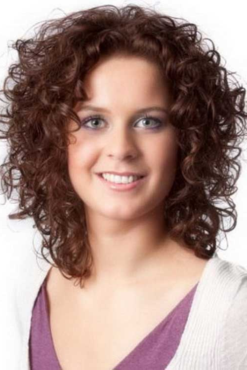 15+ Short Curly Hair For Round Faces Throughout Long Curly Hairstyles For Round Faces (View 7 of 25)
