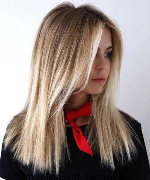 15+ Straight Long Haircuts – Fashion And Hairstyle Inside Straight Layered For Long Hairstyles (View 24 of 25)