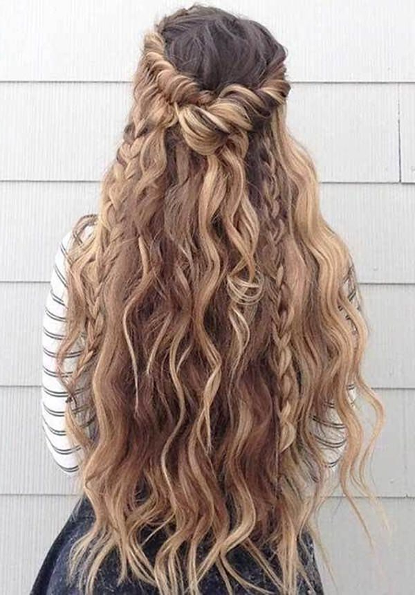 154 Easy Updos For Long Hair And How To Do Them – Style Easily Throughout Long Hairstyles Updos Casual (View 16 of 25)