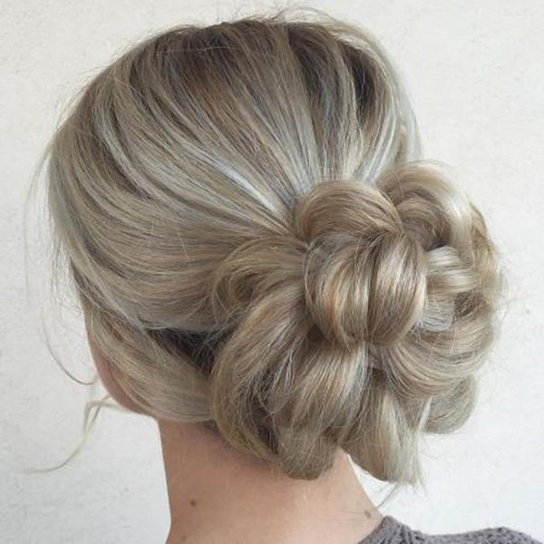 154 Updos For Long Hair Featuring Beautiful Braids And Buns Throughout Classic Prom Updos With Thick Accent Braid (View 16 of 25)