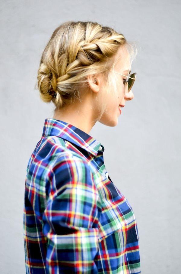 16 Easy Hairstyles For Hot Summer Days | The Everygirl Intended For Long Easy Hairstyles Summer (View 12 of 25)