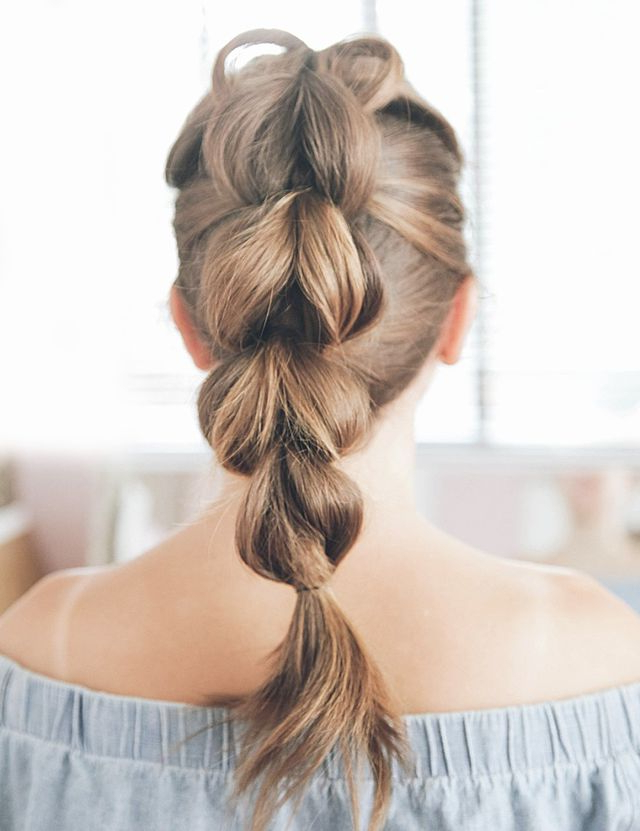16 Easy Hairstyles For Hot Summer Days | The Everygirl Within Long Hairstyles Easy And Quick (View 14 of 25)