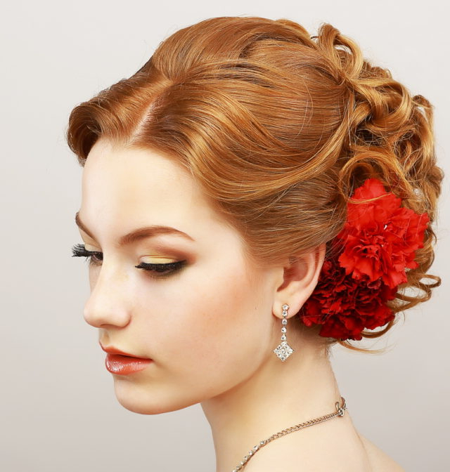 16 Easy Prom Hairstyles For Short And Medium Length Hair With Curled Floral Prom Updos (View 17 of 25)