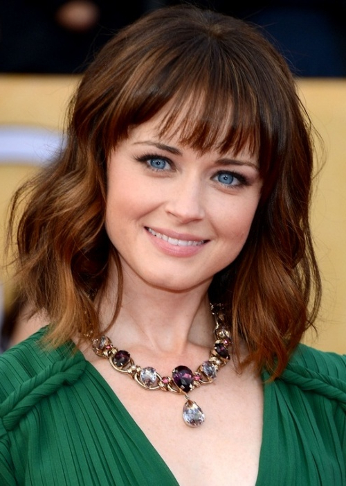 16 Stunning Celebrity Hairstyles To Frame Your Face Shapes – Pretty Inside Long Hairstyles That Frame Your Face (View 6 of 25)