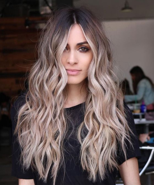 17+ Sensational Long Wavy Hairstyles For Women To Mesmerize Anyone Intended For Long Hairstyles Wavy (View 8 of 25)