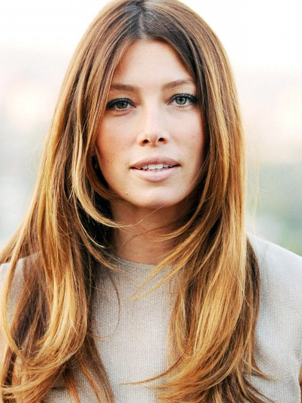 18 Celebrity Hairstyles That Will Make You Rethink Layers With Long Hairstyles Layered Around Face (View 10 of 25)