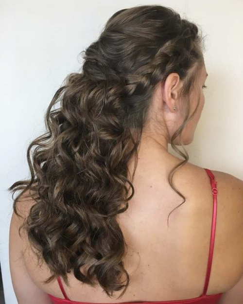 18 Stunning Curly Prom Hairstyles For 2019 – Updos, Down Do's & Braids! With Regard To Accent Braid Prom Updos (View 20 of 25)