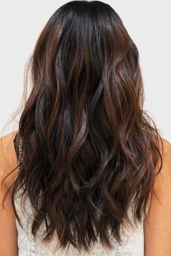 18 Versatile Long Shag Haircut Ideas That Suit All Women Within Messy Long Haircuts (View 6 of 25)
