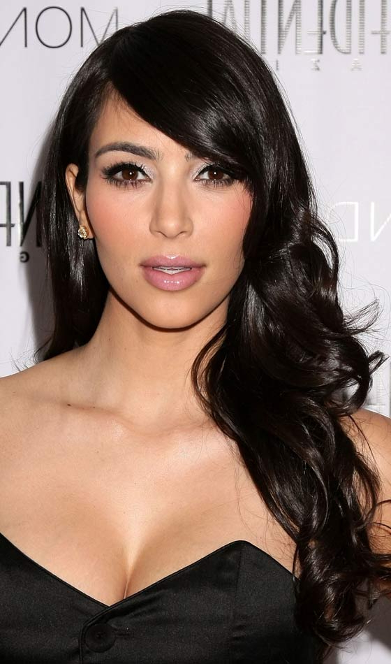 19 Party Hairstyles For Long Hair For Every Occasion Throughout Long Hairstyles To The Side (View 25 of 25)