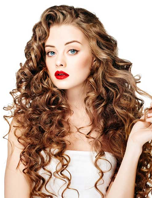 20 Amazing Layered Hairstyles For Curly Hair Inside Haircuts For Women With Long Curly Hair (View 8 of 25)
