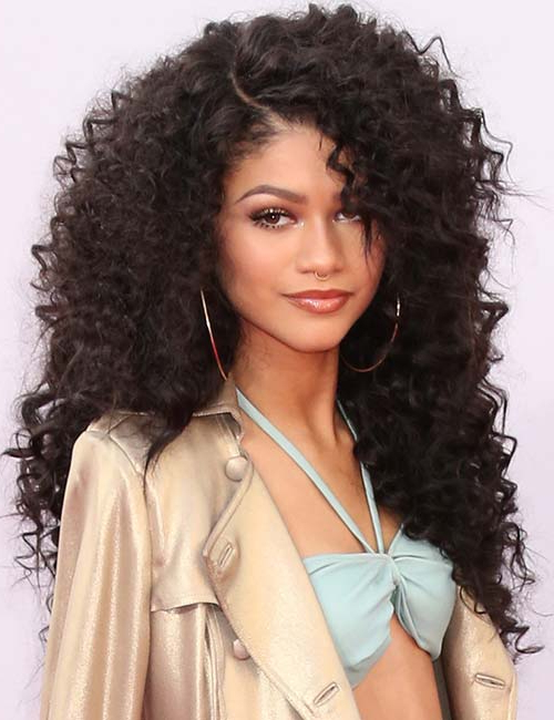 20 Amazing Layered Hairstyles For Curly Hair Inside Long Curly Layers Hairstyles (View 9 of 25)