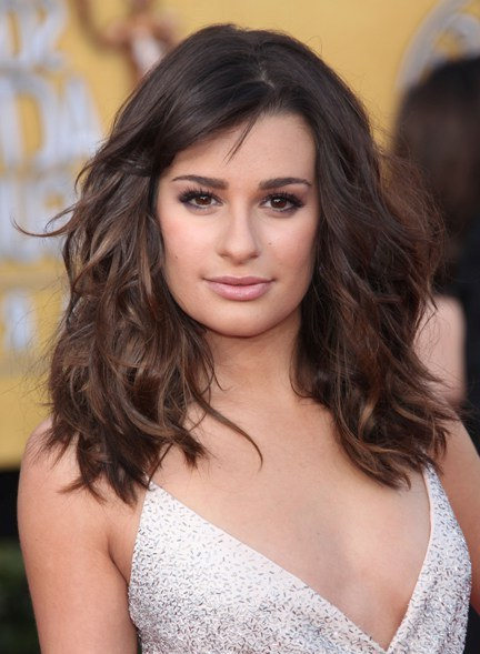 20 Attractive And Stylish Hairstyles For Square Faces – Haircuts In Long Haircuts Square Face (View 16 of 25)