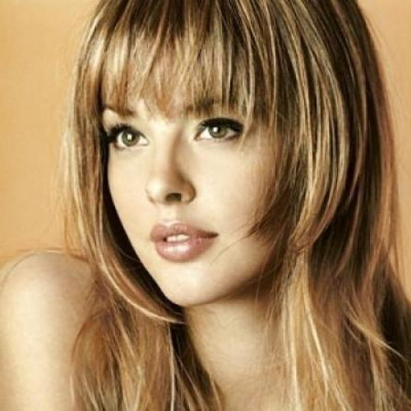 20 Best Looking Hairstyles For Oval Face Shape Women In 2019 Intended For Long Haircuts With Bangs For Oval Faces (View 9 of 25)