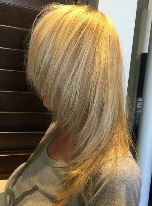 20 Feminine Long Shaggy Hairstyles 2019 – Best Shag Hair Style Ideas Throughout Choppy Chestnut Locks For Long Hairstyles (View 25 of 25)