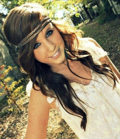 20 Gorgeous Headband Hairstyles You Love – Pretty Designs Pertaining To Long Hairstyles With Headbands (View 9 of 25)