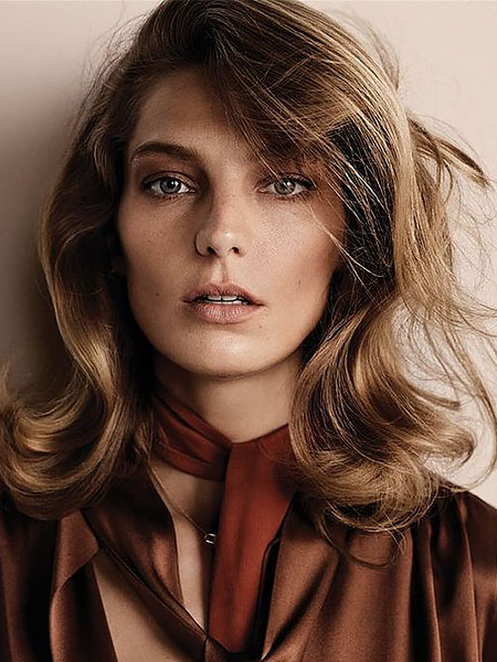 20 Gorgeous Layered Hairstyles & Haircuts – The Trend Spotter With Long Haircuts For Wavy Thick Hair (View 23 of 25)