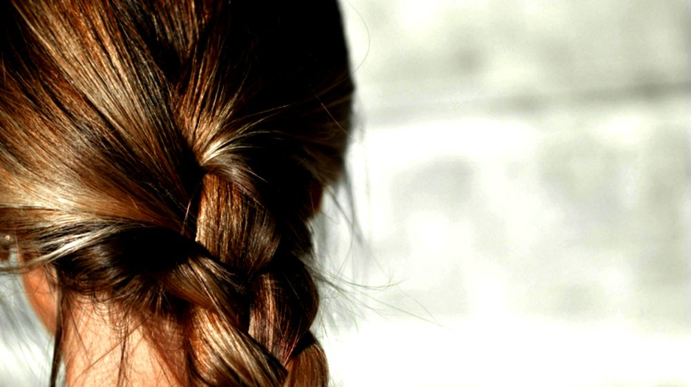 20 Hairstyles For Work | Quick And Easy Hairstyles You Can Do Pertaining To Long Hairstyles For Work (View 17 of 25)