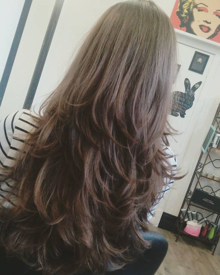 20 Luxurious Long Layered Hairstyles For Women – Hairstylecamp Inside Full And Bouncy Long Layers Hairstyles (View 6 of 25)