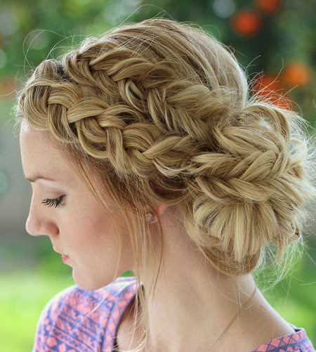 20 Messy Bun Hairstyles For Prom For Side Bun Twined Prom Hairstyles With A Braid (View 15 of 25)