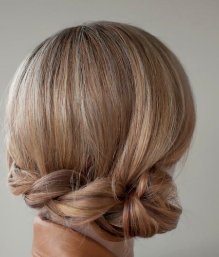 20 Messy Bun Hairstyles For Prom Inside Twisted Side Roll Prom Updos (View 4 of 25)